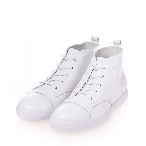 Gram 384g white leather