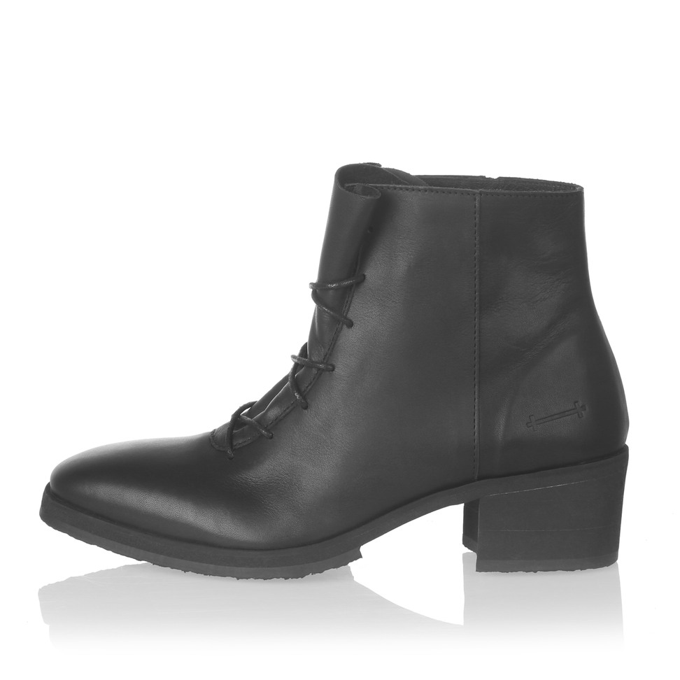 Yatfai Yatfai boot black leather