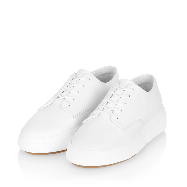 Gram 394g white leather