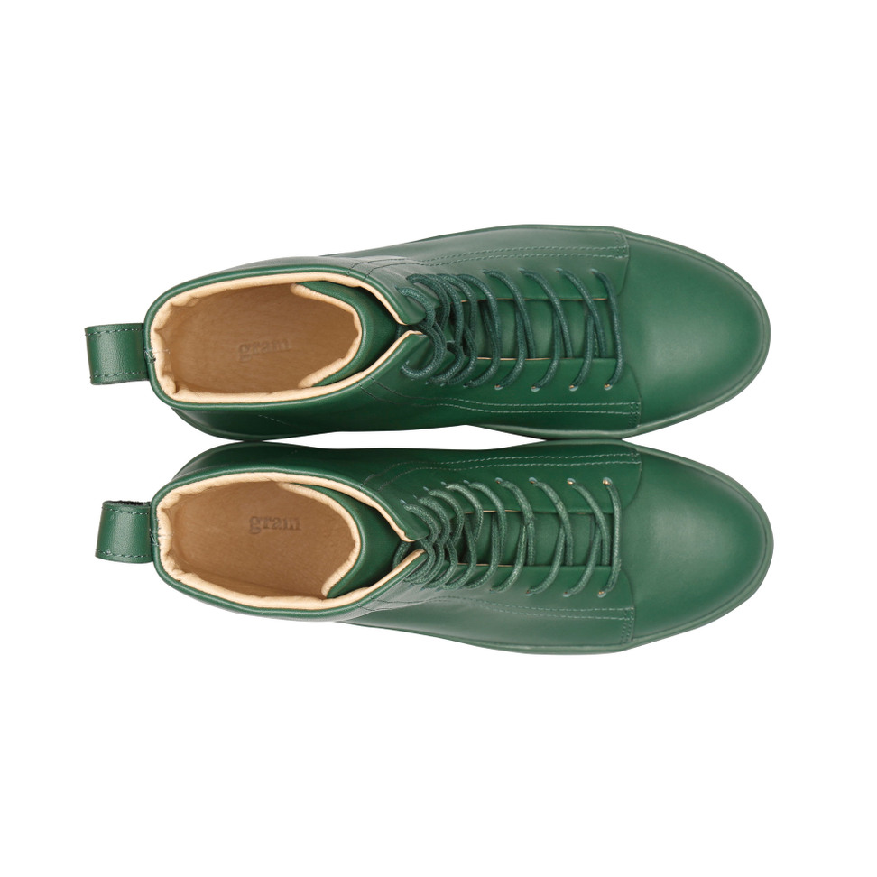 Gram 767g hunter green leather